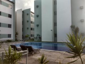 The swimming pool at or near apartamento mobiliado