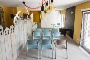Ресторан / где поесть в Комплекс Маяк с собственным пляжиком