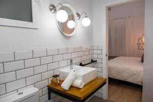 Un baño de GOMEZ ROOMS