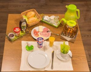 """Frühstücksoptionen für Gäste der Unterkunft """"Märkische Traube"""" idyllisches Gästehaus garni"""