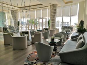 مطعم أو مكان آخر لتناول الطعام في فندق ومنتجع رويال ام ابوظبي