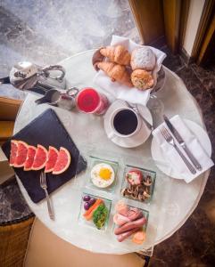 Ontbijt beschikbaar voor gasten van The Oberoi Beach Resort, Sahl Hasheesh
