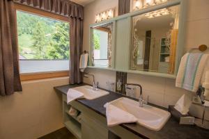 Ein Badezimmer in der Unterkunft Gästehaus Geir