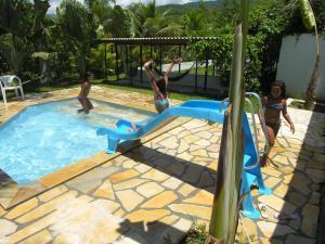 The swimming pool at or close to Jabaquara Beach Resort