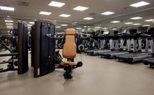 The fitness center and/or fitness facilities at Copenhagen Marriott Hotel