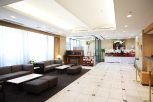 The lobby or reception area at Hotel Sunroute Asakusa