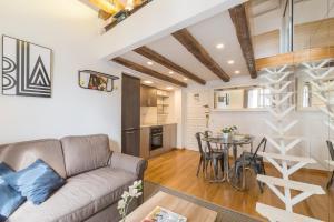 Zona de estar de Friendly Rentals Chueca Duplex II