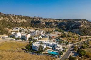 Irinna Hotel-Apartments sett ovenfra