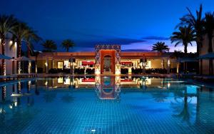 Het zwembad bij of vlak bij Sentido Reef Oasis Senses Aqua Park Resort
