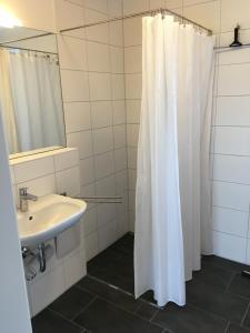 Ein Badezimmer in der Unterkunft Ferienwohnungen Weinstadt