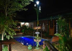 The swimming pool at or close to Kleine Eden Guesthouse