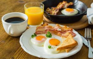 Завтрак для гостей Мини-отель Жан
