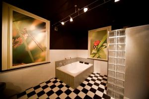 Ванная комната в OKE HOTEL De Leygraaf Heeswijk Dinther
