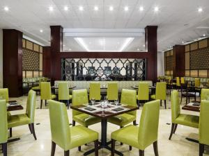 A restaurant or other place to eat at Sheraton Santo Domingo