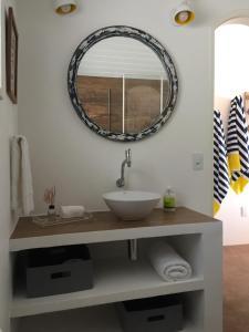 A bathroom at Casarao da Praia