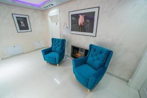 A seating area at Motel Felikitas