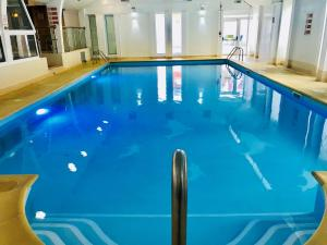 The swimming pool at or close to St Ives Hotel