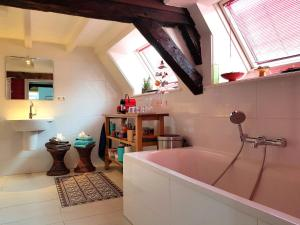 A kitchen or kitchenette at Large Historical Apartment & Canal Terrace