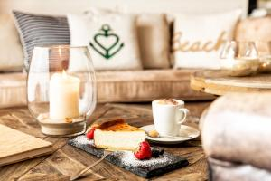 Breakfast options available to guests at Hotel Zweite Heimat