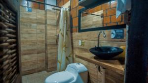 A bathroom at Hotel Acuali Nuqui
