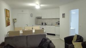 A kitchen or kitchenette at Hydro Palace