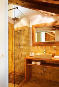 Un baño de La Casona del Viajante - Adults Only