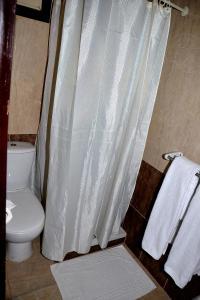حمام في ساند بيتش ريزورت