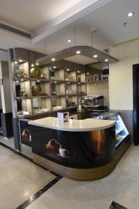 O lounge ou bar de Janat Al Areef ApartHotel