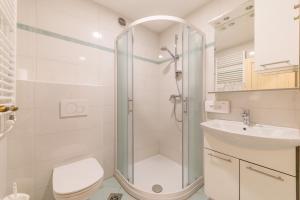 Ein Badezimmer in der Unterkunft Kunstelj Pension and Restaurant