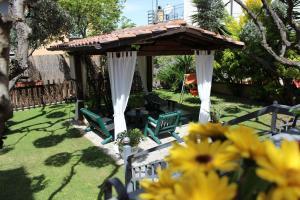 A garden outside Hotel Nespolo D'Oro