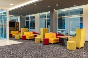 O lounge ou bar de Park Inn by Radisson Jubail Industrial City