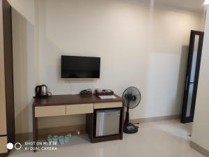 Телевизор и/или развлекательный центр в Ngọc Anh Hotel