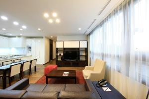 A seating area at Orakai Insadong Suites