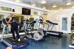 Фитнес-центр и/или тренажеры в Гостиничный комплекс Версаль