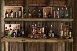 Salon ou bar de l'établissement Sakoa Boutik Hotel