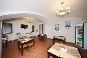 Ресторан / где поесть в Денисовский Дворик