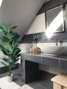 Kuchyň nebo kuchyňský kout v ubytování Rekreačný zrubový dom