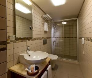 حمام في فندق جولدن سيتي اسطنبول