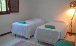 Cama ou camas em um quarto em Green Cottage B&B