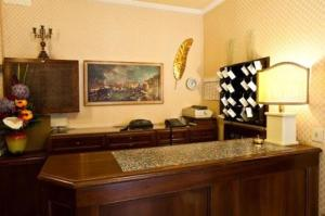 The lobby or reception area at Hotel Florida