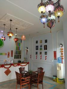 Ein Restaurant oder anderes Speiselokal in der Unterkunft Angsana Hotel Melaka