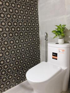 A bathroom at Alley Quy Nhon Homestay