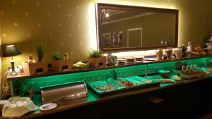 A bathroom at Ahorn Hotel & Restaurant
