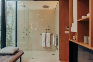 A bathroom at Rosa Et Al Townhouse