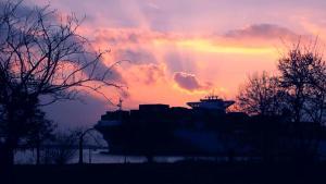 Alba o tramonto visti dall'interno dell'hotel o dai dintorni