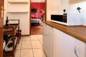 A kitchen or kitchenette at Saxenburg Wine Farm