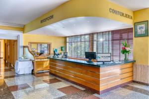 Lobbyn eller receptionsområdet på Senator Marbella Spa Hotel