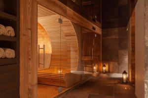 A bathroom at 22 Summits Boutique Hotel