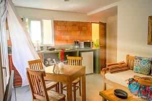 A cozinha ou cozinha compacta de Jardim Secreto