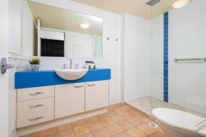 A bathroom at Belaire Place